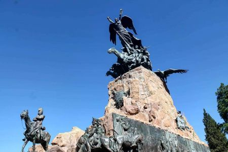 Mendoza - Cerro de la Gloria 2
