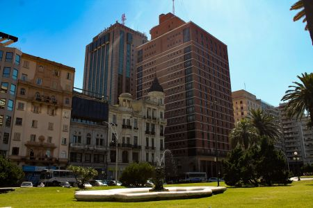 Montevideo - Plaza Independencia 2