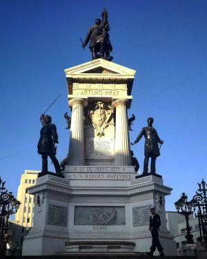 Valparaiso - Monument Héros Iquique